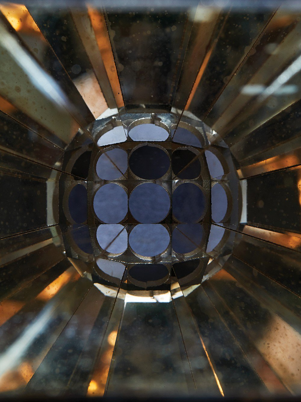 By converting heat to focused beams of light, a new solar device could create cheap and continuous power.